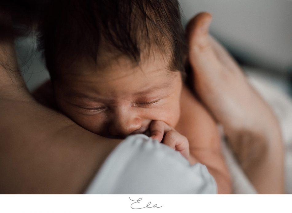 Kleine E. – Natürliche Neugeborenenfotos in Bremen